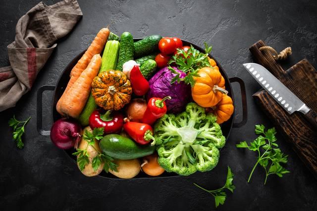 蔬果有豐富的食用纖維,可以幫助促進腸道蠕動。