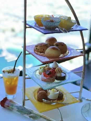 杜拜必到打卡處!Dubai Burj Al Arab七星帆船酒店27樓Skyview Bar下午茶!