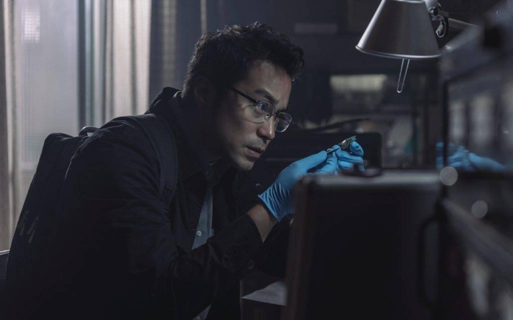 【誰是被害者第二季即將登場】張孝全飾演的鑑識官方毅任,是一位患有亞斯伯格症的天才鑑識官。