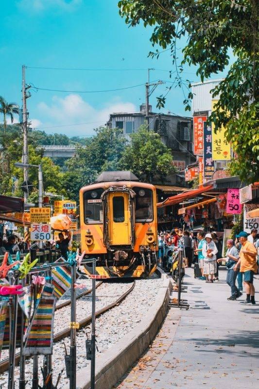 台灣解封   台灣下周起放寬入境限制 符合四項條件可縮短隔離時間