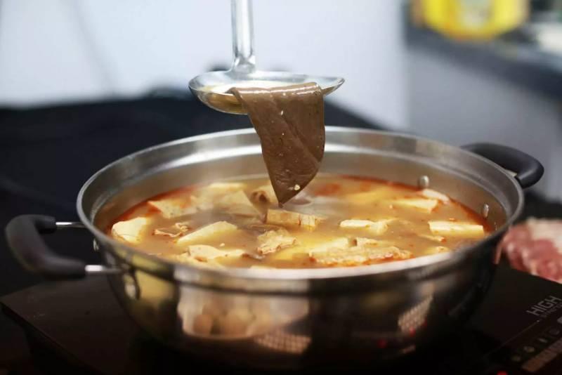 GOtrip快閃12點, 香港, 打邊爐, 網購, 麻辣養生火鍋, 外賣, 台灣, 台式火鍋, 在家抗疫