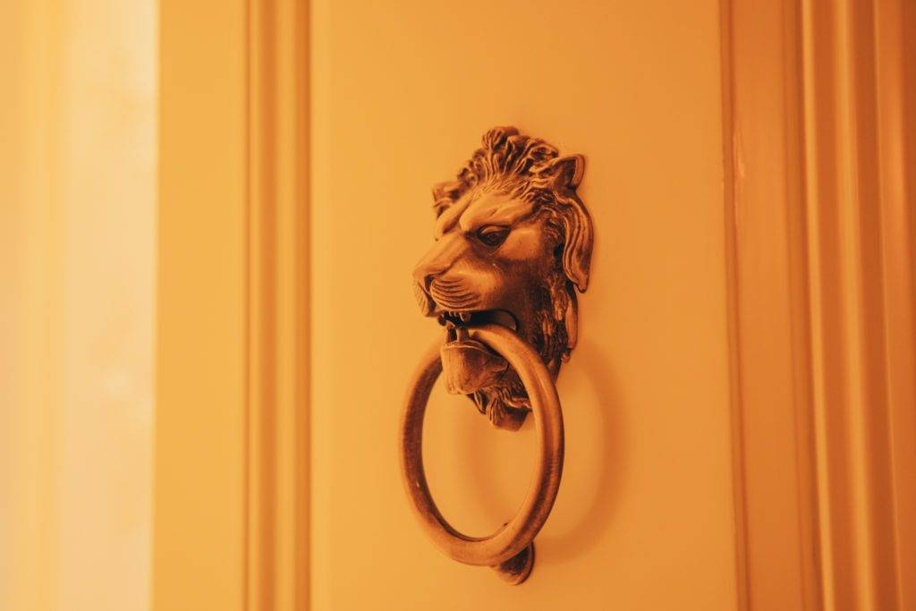 Ritz Carlton獅子標誌(圖片授權:旅癮我最大)