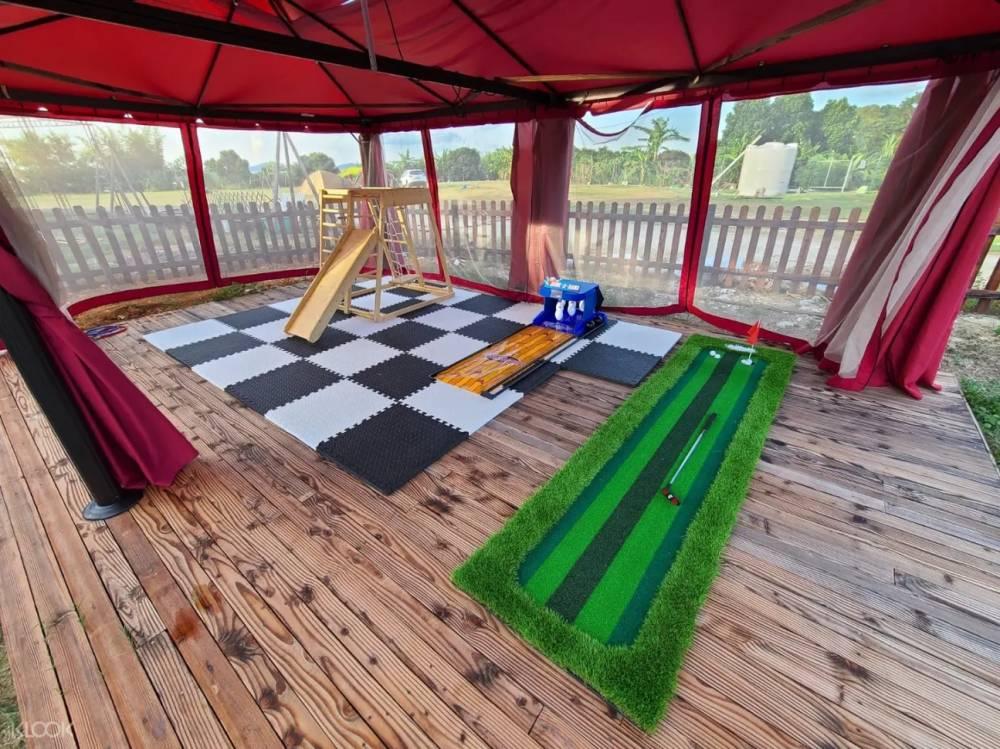 娛樂室外形 – 營地不僅設施齊全,周圍的遊玩景點眾多,在此可以放鬆心情享受美景