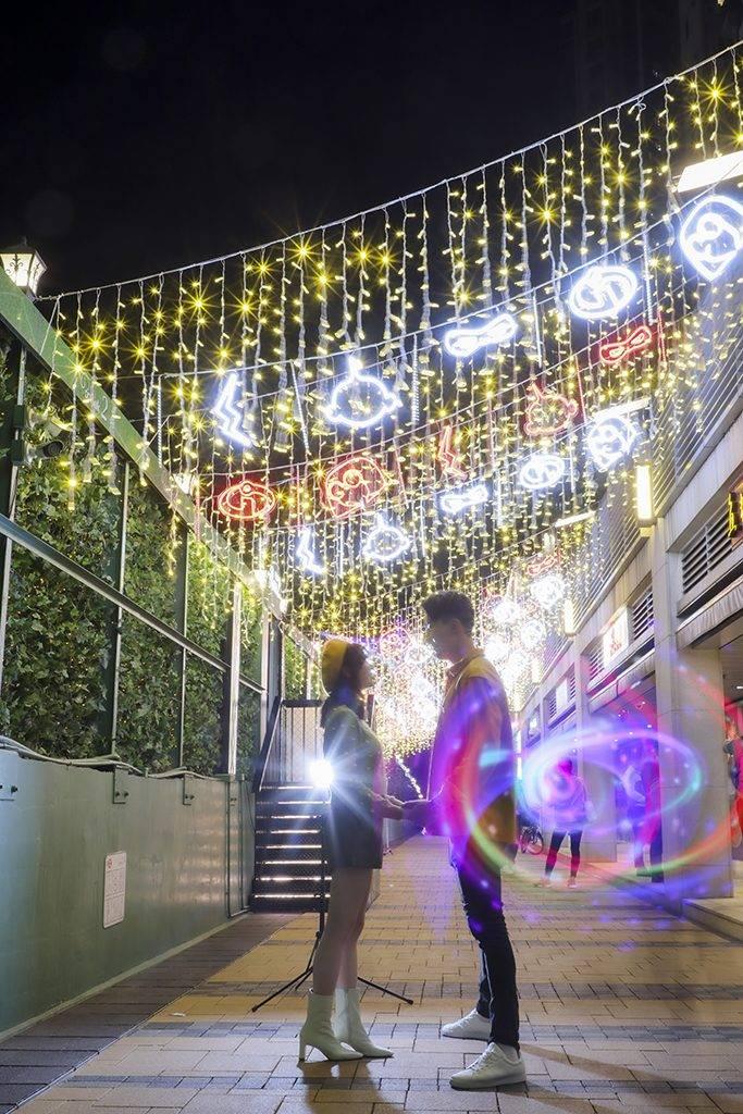 聖誕燈飾2020 ! 10大聖誕燈飾大合集  超美空中燈海+15米長南瓜光影隧道 持續更新