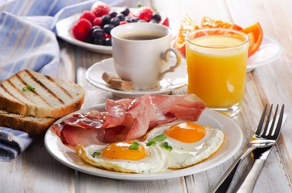 2+2 café 源源不絕的自助早餐,望見已知道有多豐富。