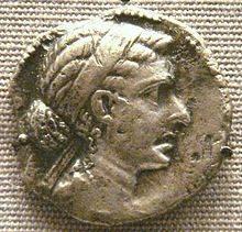 一枚埃及妖后克莉奧佩特拉七世的古希臘銀幣(圖片來源:維基百科)