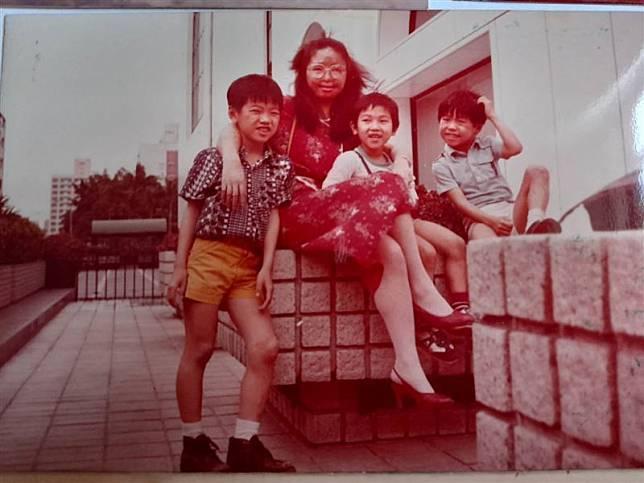 姚惠麗育有3個子女。