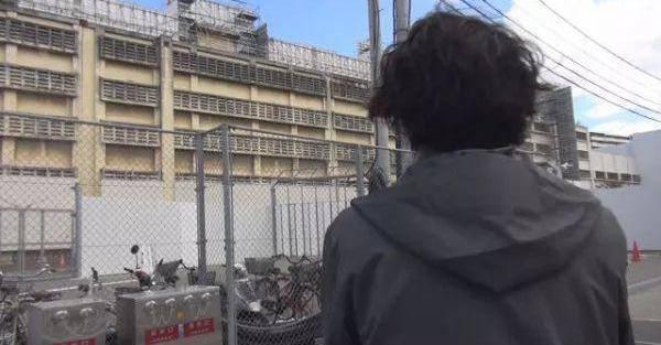 林真須美長子接受訪問時照片(圖片來源:NHK)