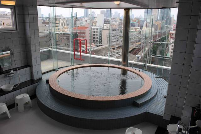 大阪酒店Hotel Sun Plaza設有男性公共浴池及女性浴池。(圖片來源:maidonanews.jp)