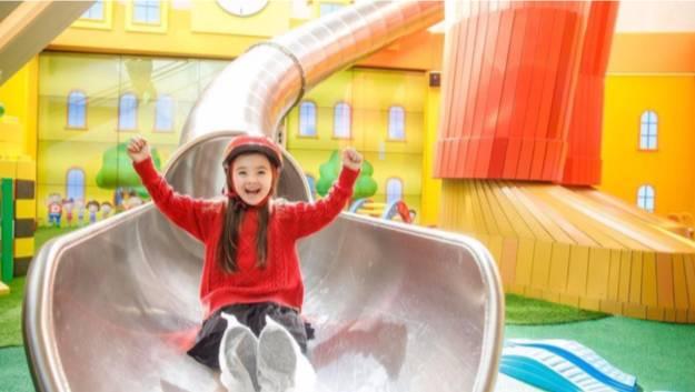 巨型室內滑梯–Happy Mega Slide(圖片來源:K11 MUSEA Donut Playhouse 主題遊戲館)