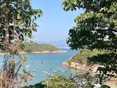 這段路的後半部分可以從高處看到坪洲海邊和隱約地見到青馬大橋!