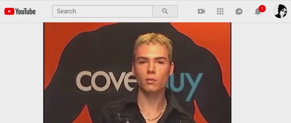 網友找到他在3年前參加男模特兒的海選影片(圖片來源:Netflix《貓不可殺不可辱:網絡殺手大搜捕》截圖)