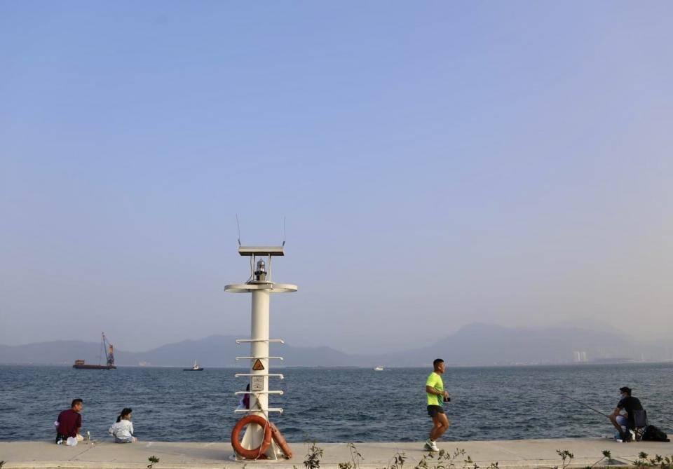 海邊怎可以少了燈塔?