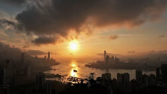 紅香爐行山|270度飽覽維港最美日落!10分鐘輕鬆攻頂