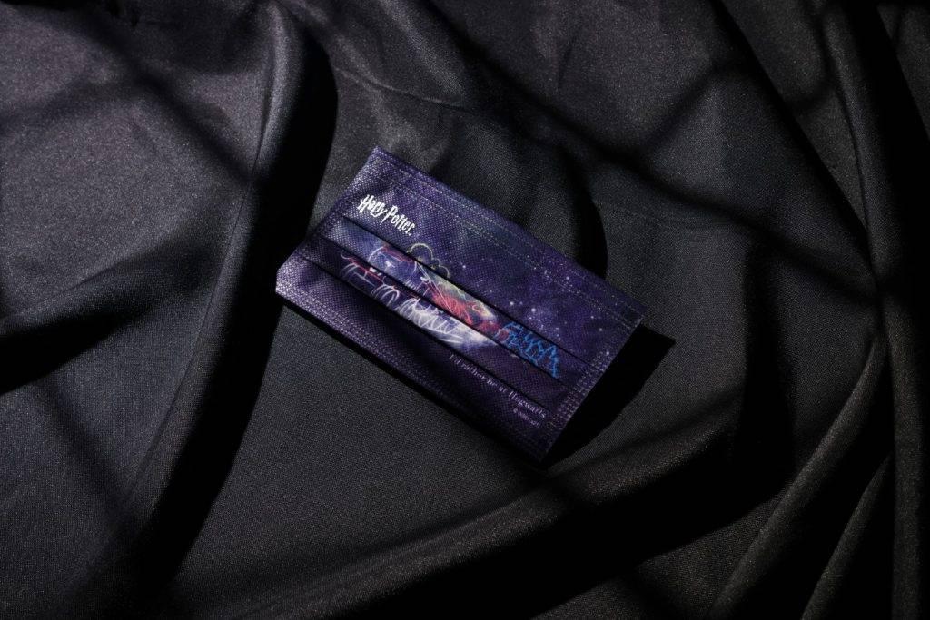 《哈利波特》平面口罩款式_火車(圖片來源:相關機構提供)
