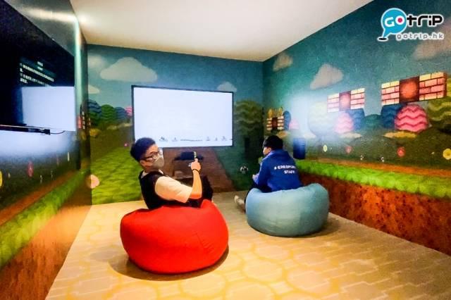 房間佈置好趣緻,設有75吋大電視,4位朋友一齊入內都感覺好寬敞!(圖片來源:GOtrip編輯部)