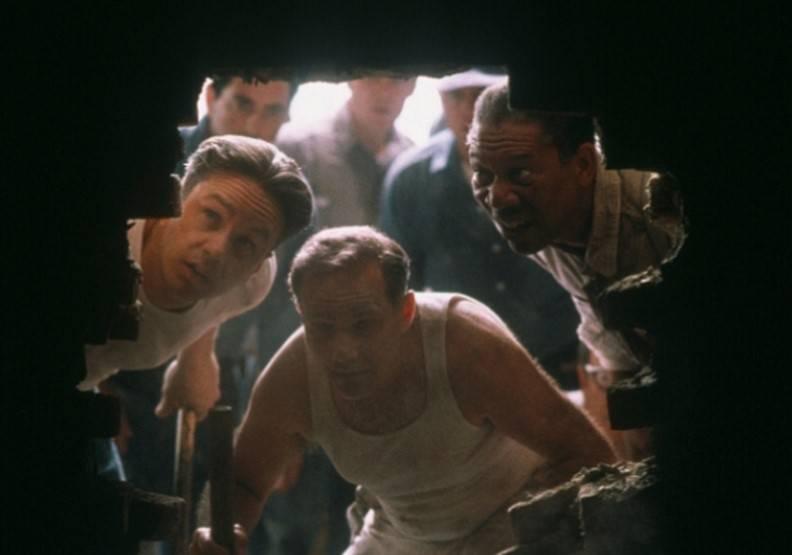 越獄的六人都是好戰份子,當中四人被判無期徒刑。(圖片來源:《月黑高飛》)